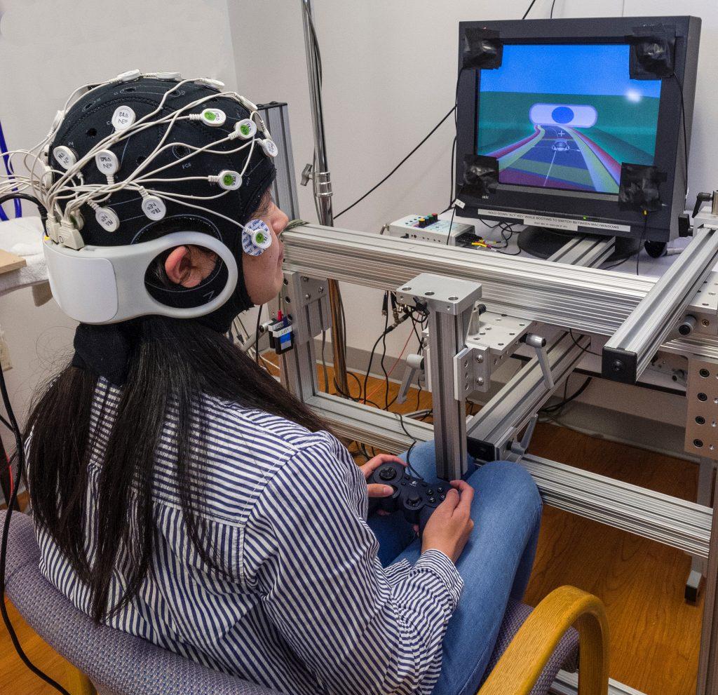 Invasive vs Noninvasive Brain-Computer Interface (BCI)